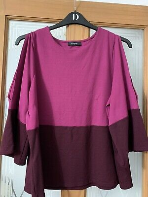 M&S Autograph 18 Worn Once dark Pink top & Pink/purple bottom Open slits on arms
