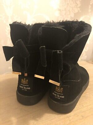 Girls Black Fur Boots River island Size 3 Vgc