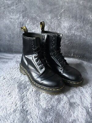 Dr Martens Airwair 1460 Black Leather Ankle Boots Size 4 Unisex