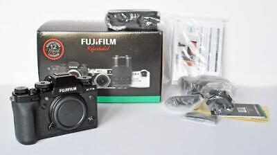 FUJIFILM X-T3 Digital Camera body - MINT    shutter count  1