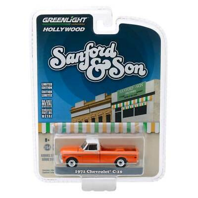 "Greenlight Hollywood Series 26: 1971 Chevy C-10 ""Sanford & Son"" 1/64 Scale"