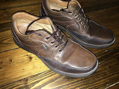 Men's Clarks Active Air Brown GORTEX Leather Shoes Size 11 Very Good  Condition
