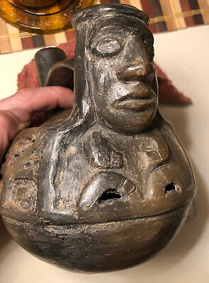 Antique Pre Columbian Chimu Inca Blackware Figural Whistling Vessel Whistle