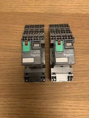 Omron PYF-14-PU Relay Socket With Telemecanique RCM4AB1F7 Relay x 2.