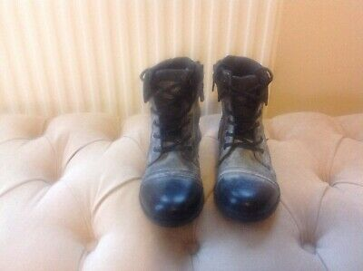 Boys River island black/grey ankle boots size 4