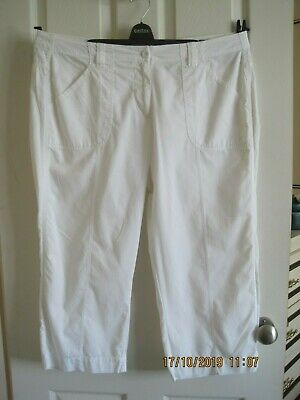 Marks & Spencer White Crop Trousers. Size 16. 100% Cotton