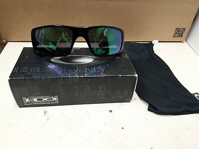 Brand new genuine Oakley sunglasses Crankshaft  923902, Made in USA