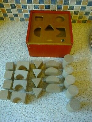 Vintage Siso Wooden Shape Sorter Square Box 21 Shapes