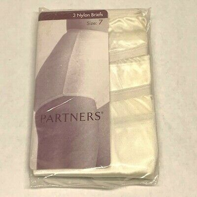 Vintage 1980s Partner's 3 Pair 100% Captiva Nylon White Panties. Size 7