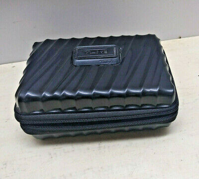 Tumi For Delta Hardshell Travel Toiletry zip-Around Cosmetic Case Bag Black Only