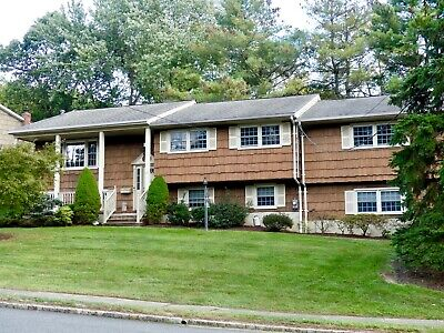Large 5BR 4BA home. Estate sale, Priced to move!