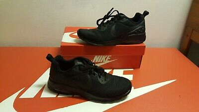 NIKE AIR MAX Motion 2 Herren Sneaker AO0266 005 Gr.42 US 8,5