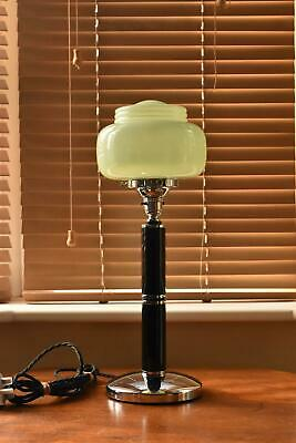 Superb Art Deco table lamp black and chrome with green ribbed glass shade M17
