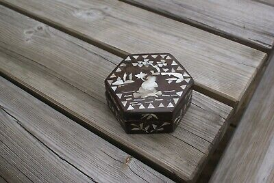 Vintage Handmade Asian/ Oriental Paper Mache Box Mother of Pearl Inlaid