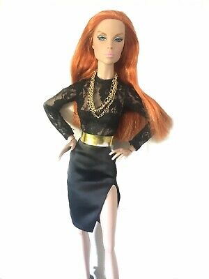 "FR16 Madame Alexander 16inch Fashion: ""First In Line"" Antoinette Tonner Doll"