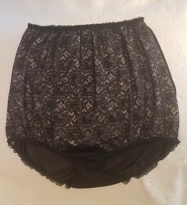 Vintage 1950's Nu Eve Black Nylon Panties With Lace Overlay. Size 7