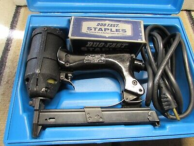 Exc Duo Fast Electric Tacker Stapler Model E With Case & Box Of Staples