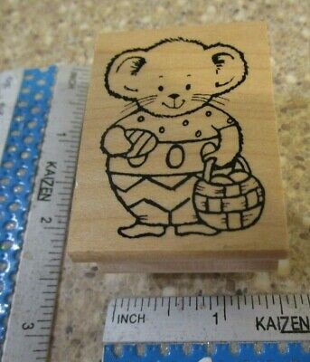 Mouse Carrying A Basket Of Eggs Mw Rubber Stamp -Great Impressions