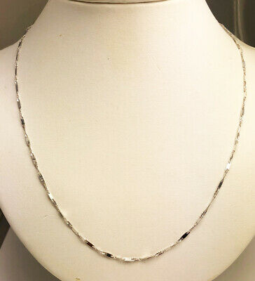 10K Solid White Gold Chain Necklace 1.9 Grams