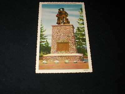 near TRUCKEE CALIF <> The Pioneer Monument At Donner Lake <> Linen Postcard