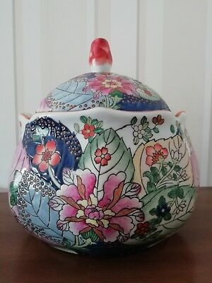 Large Chinese porcelain lidded bowl with matching trinket pots with leaf and flo