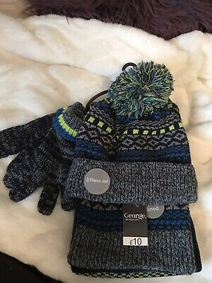 Boys Age 4-8 Fleece Lined Hat, Scarf And Glove Set Brand New