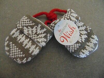 Silvestri Demdaco The Christmas Wish Mittens Holiday Ornament 2015