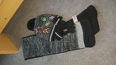 Marvel Hat Scarf And Gloves Set 2-4 Years