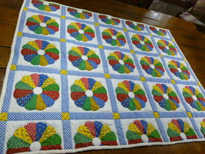 Vintage Cotton Quilt, throw, wall hanging  Padded 53 x 43 = Dresden Plate