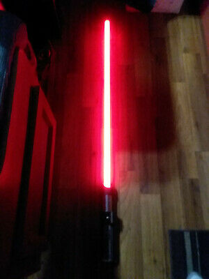 Star Wars  Darth Vader Force FX Lightsaber Master Replicas 2005 / Red / Tested