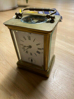 Small Brass French carraige clock 3 X 2 X 4 inches