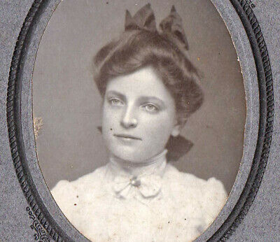 Beautiful Girl w/ Sharp Features - Vintage 1900s Cabinet Photo