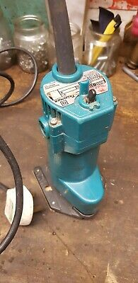 Plunge  Makita Router   will post