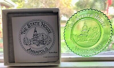 The State House Annapolis (Maryland). Glass Cup Plate Kaleidoscope, Inc.1983