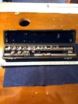 Bundy Selmer Company Flute ?student Version In Case