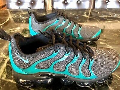 Nike Air Vapormax Plus Black Green Emerald, Men's Size 9, Pre Owned, Great Cond