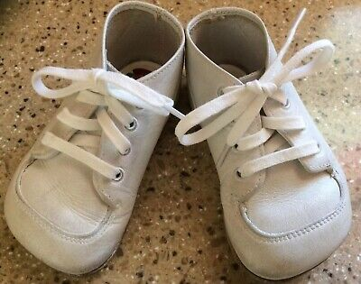 """Vintage White Buster Brown """"The Wikler Shoe"""" Baby Toddler Shoes Leather~ Size 2"""
