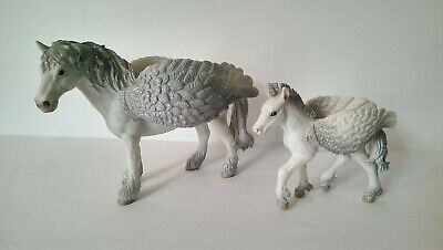 Schleich PEGASUS Adult & Foal w/ Glitter Wings ~ Collectible Toys