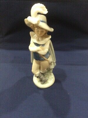 Nao Porcelain by Lladro THE DECORATOR 2001276