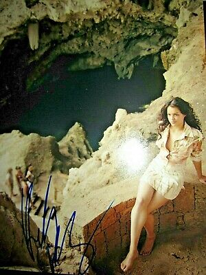 Michelle Rodriguez SIGNED 8x10 photo Fast and the Furious Series Lost Girlfight