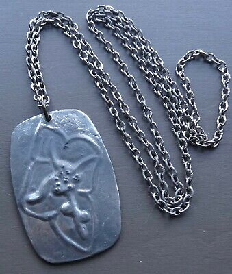 vintage pewter arts & crafts flower pendant long silver tone chain necklace N382