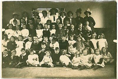EDWARDIAN CHILDREN BOYS GIRLS LADIES Large Group Boots Real Photo PC 1910s