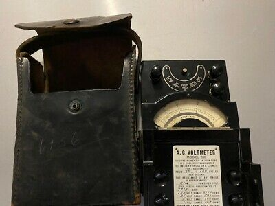 Vintage Weston Electrical Instruments AC Voltmeter Model 330 w/ Carrying Case