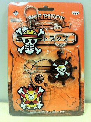 One Piece Set Keychain Keyring Luffy Logo Boat Thousand Sunny Cosplay Rudder