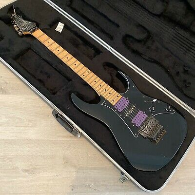 Ibanez RG550 In Black With Hardcase And Dimarzio Pickups
