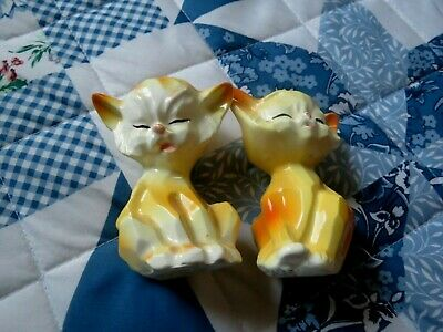vintage tabby yellow cat salt and pepper shakers made in Japan