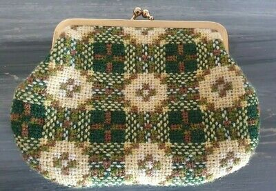 Vinyage Welsh Tapestry Style Snap Shut Coin Purse