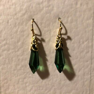 SMALL VICTORIAN STYLE green DROP GOLD COLOUR BRASS FILIGREE EARRINGS hook