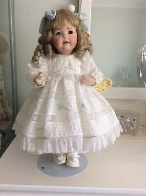 43cm Reproduction Fine Quility Porcelain Doll,Hand Made In Australia