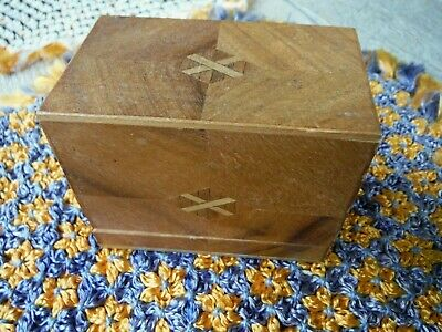Antique Vintage Hand-carved Wooden Small Parquet Inlaid Box, Cigarette Box? - VG